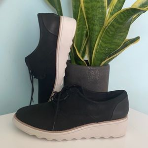 Clarks comfortable shoes